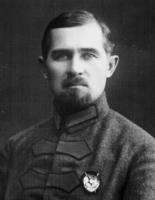 Мемориальная доска Николаю Дмитриевичу Томину