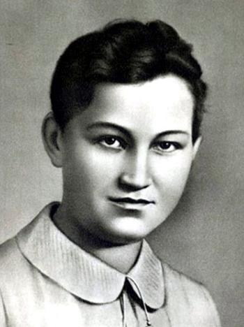 Мемориальная доска Зое Анатольевне Космодемьянской